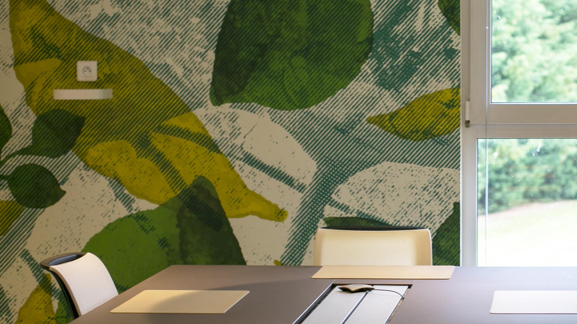 Fresque végétale pour salle de réunion Korus